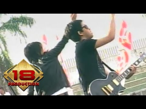 Peterpan - Langit Tak Mendengar  (Live Konser Kotabumi 20 Maret 2008)