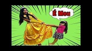 JULIA E A MAMÃE QUEREM O MESMO VESTIDO! both want the same dress PARTE 1 e 2