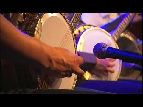 We Banjo 3 on TG4 - Enda Scahill, Leon Hunt, Martin Howley, David Howley