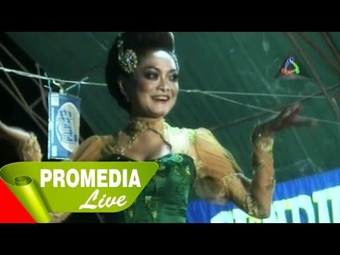 Peuyeum Bandung - Jaipongan Layung Group (11-8-2014)