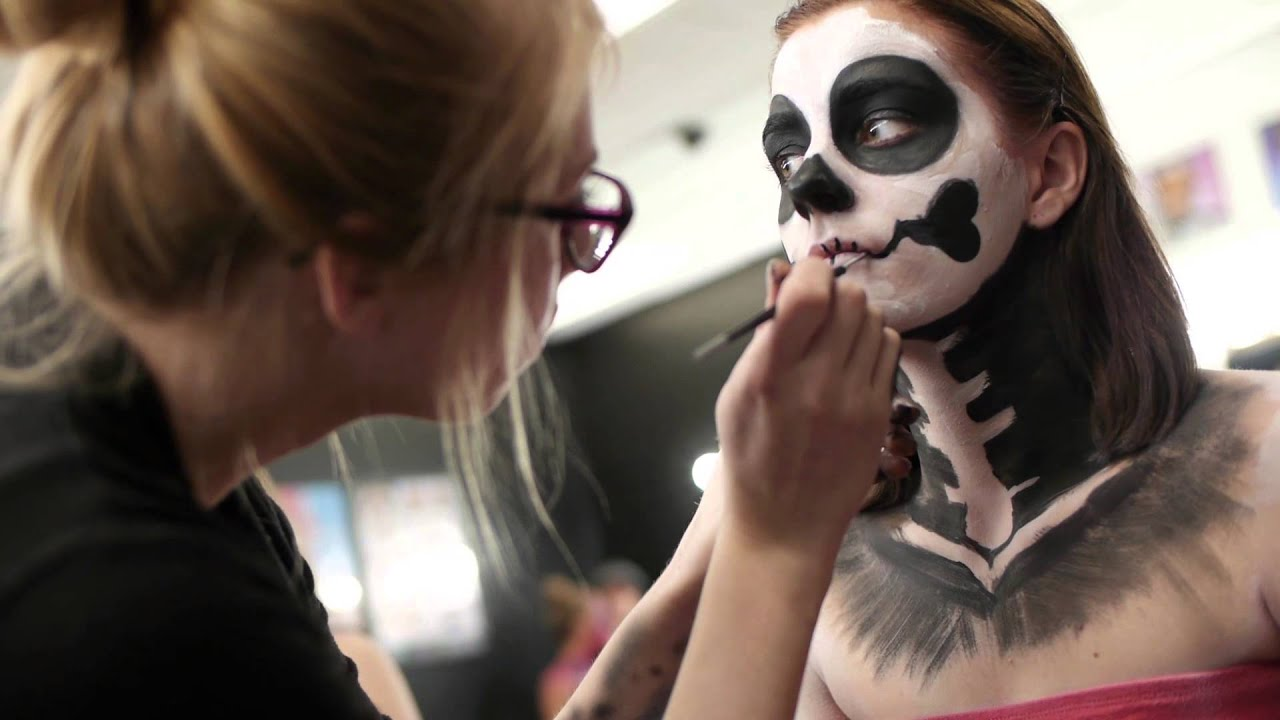 Special FX and Body painting classes. CMC-Makeup-School - YouTube