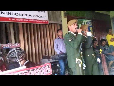 TNI Bernyanyi Lagu Romantis