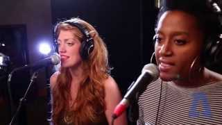 Caroline Smith - Magazine - Audiotree Live