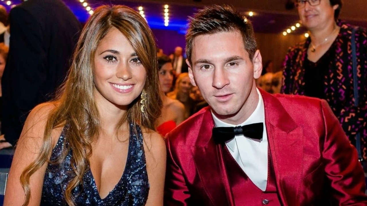 Picture of his Wife, who goes by the name Antonella Roccuzzo.