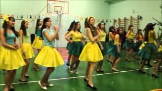 Новый год. Национальный танец 2014г 10А