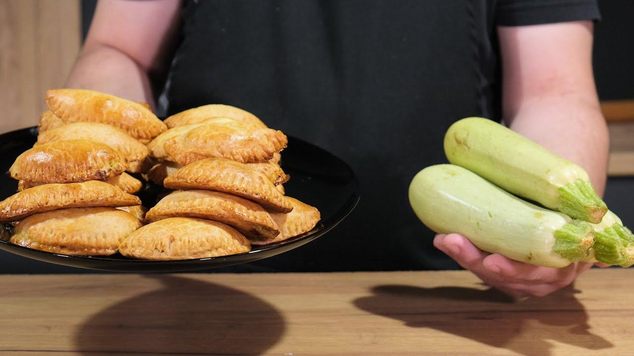 Αλμυρά Κολοκυθοπιτάκια με Γιαουρτένια Ζύμη Κουρού!!Quick mini pies Zucchini & Feta Cheese - Cook!