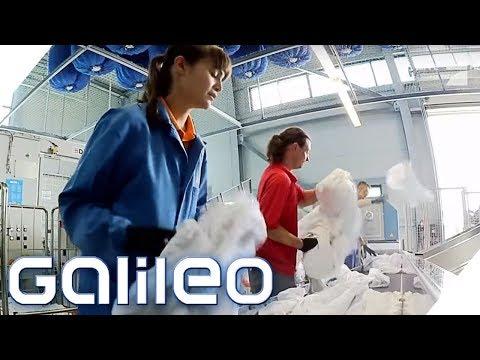 Täglich Zwischen Fremder Wäsche - Arbeiten In Einer Großwäscherei | Galileo | ProSieben