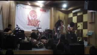 Orkes Perjaka Madu - Kereta Malam (cover). Live at Chics Music Rawamangun 2014