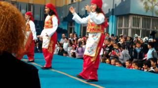 Orhangazi 4f folklor gösterisi
