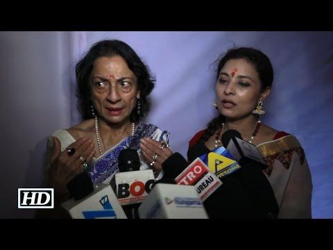 Kajol's Mom Tanuja SCOLDS MEDIA At Durga Puja - Watch Video