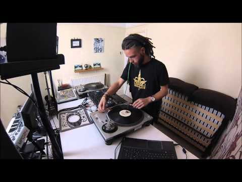 Ni Traktor Pro, Breaks – S4 and Vinyl mix/scratch session 2015