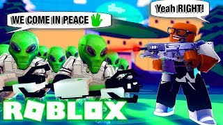 ALIENS Are INVADING Our Planet! (Roblox Alien Invasion)