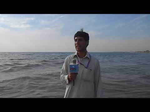 Syed Ahmad is telling about Karachi Sea
