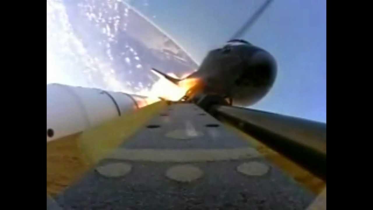 space shuttle landing onboard - photo #2
