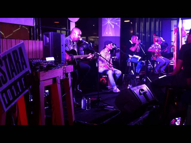 The Man Can't Be Moved - cover Mike's Apartment @mikes_jkt Travel Video