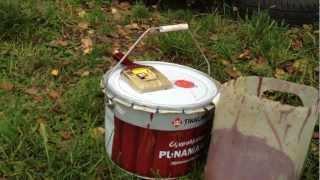 Рекомендую краску(4 дня красил домик 6 на 2,40. Так называемая ОСБ-фанера она же клеенная и потому неоднородна - много щёлочек,..., 2012-09-18T12:23:12.000Z)