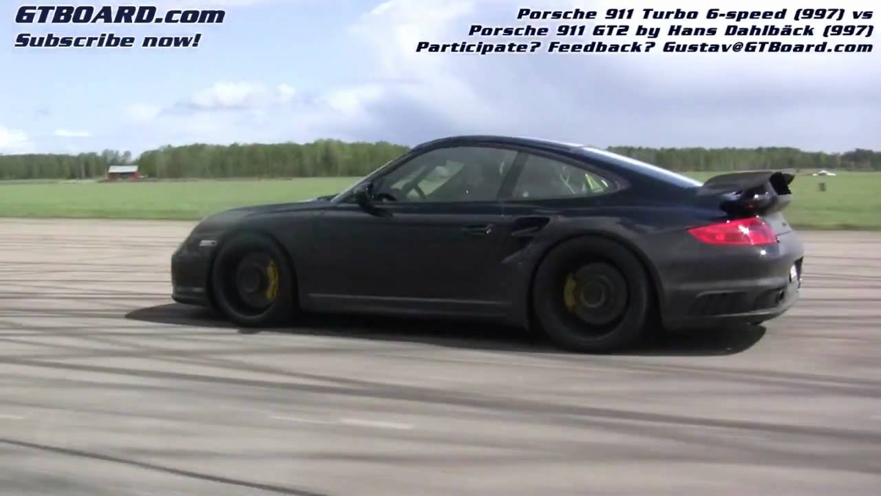 hd 997 gt2 hd vs porsche 911 turbo 997 6 speed race 1 cam 2 youtube. Black Bedroom Furniture Sets. Home Design Ideas