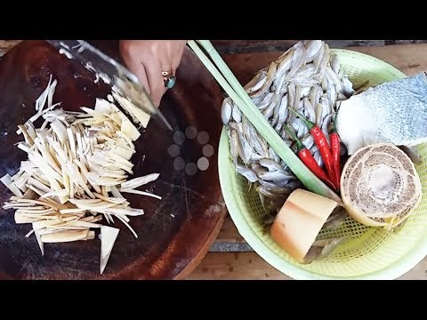 Small Fish Recipe - Cooking Fish And Banana Flower Soup - Village Food Recipes