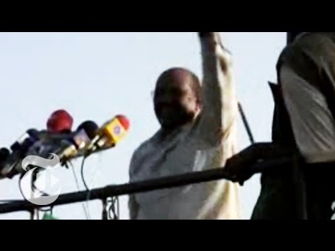 Sudanese President Dances in Darfur | The New York Times