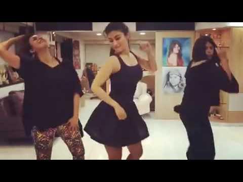 ඉෂිතයි ශිවන්යයි Sexy Dance, Ishitha & Shivanya Sexy Dance   YouTube
