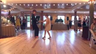 Свадебный танец матери и сына