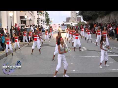2010 Christmas Parade 6 - Split Personality