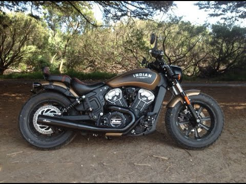 Indian Scout Bobber Exhaust Sound Test 2into1 - YouTube