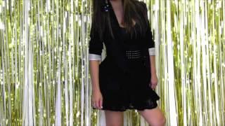 Crystal's Closet: Pairing a blazer Thumbnail