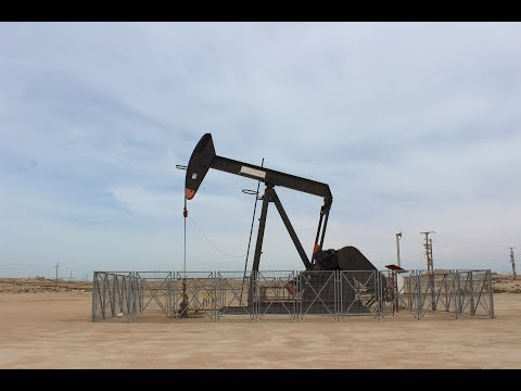 Kingdom Of Bahrain / Kraljevina Bahrein 2016.04. - Desert, Oil fields, First oil well