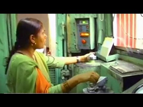 Mumtaz Kazi, India's first woman diesel engine driver