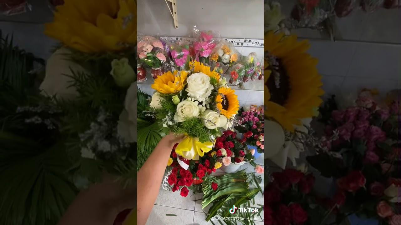 Hoa cưới hướng dương mix hồng trắng - YouTube