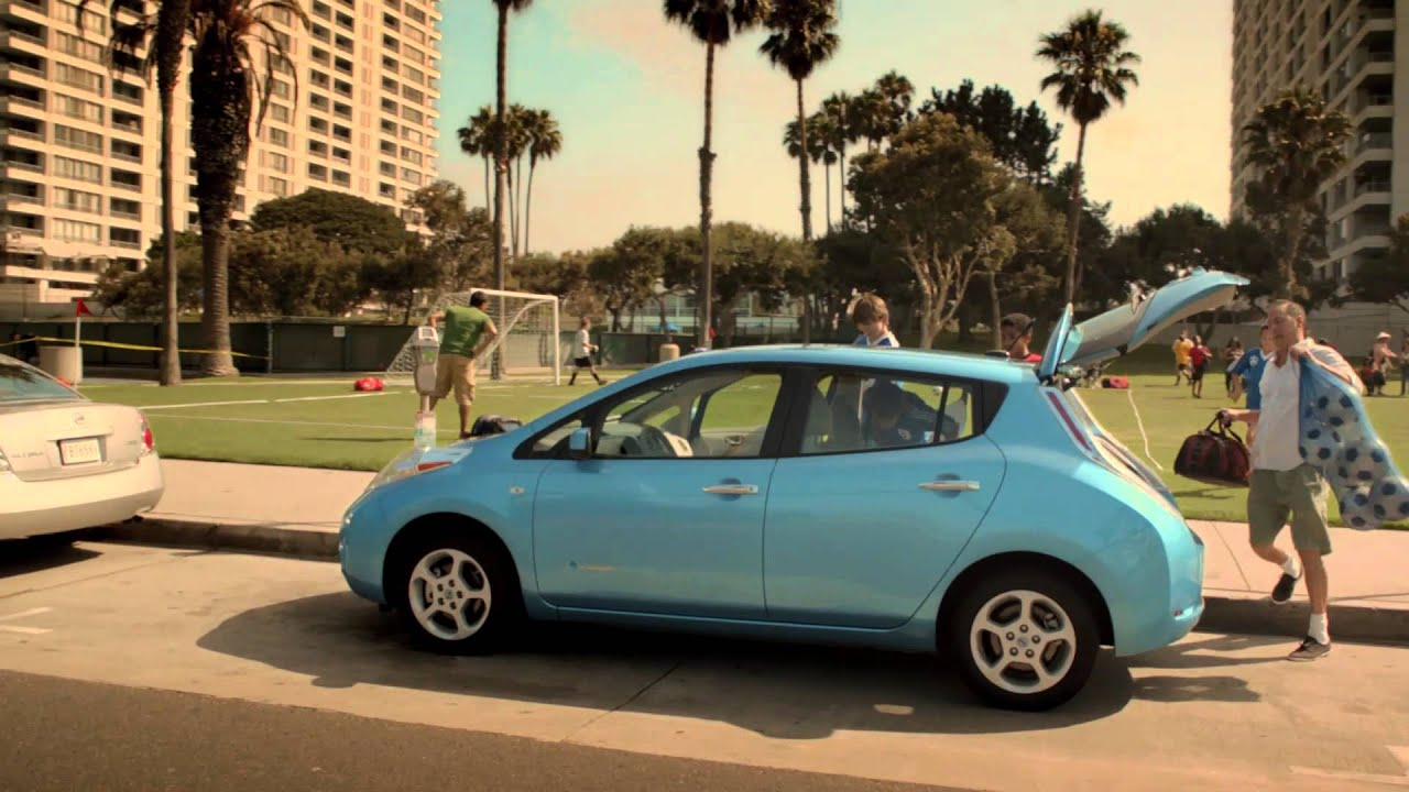 nissan leaf commercial At a commercial quick charge station, a fully depleted battery in 2018 nissan leaf can be charged to 80% in about _____ 40 minutes under what circumstance will 2018 nissan leaf's automatic emergency braking (aeb) warning function alert the driver.