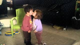 キスがスキ(2歳1ヶ月)