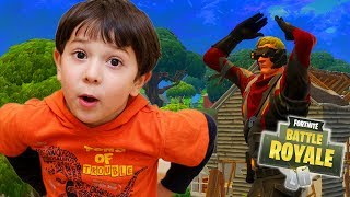 MOST HILARIOUS 13 YEAR OLD KID ON FORTNITE! - [Fortnite Battle Royale]
