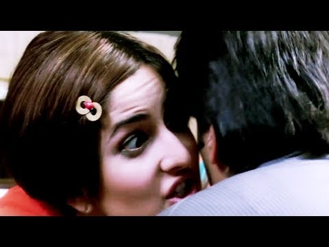 Katrina Kaif And Ritesh Deshmukh's First Date | Namastey London | Hindi Movie | Comedy Scene