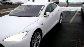 First try: Tesla Model S Autopark SUMMON feature from parking space