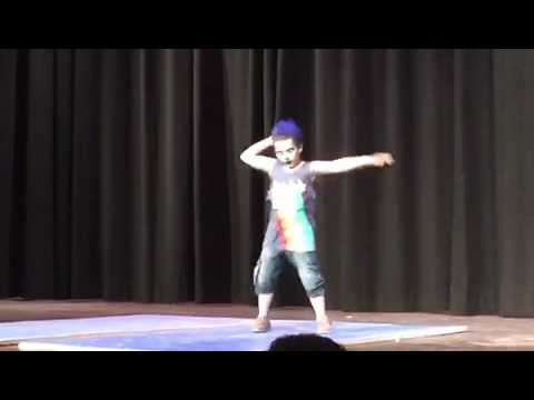 Santiago's Talent show 2017 I can't stop the feeling dance