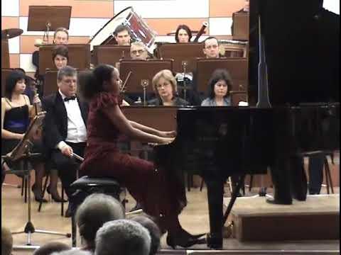 Rebeca Omordia Tchaikovsky 1 + Chopin Etude op 10 no 4