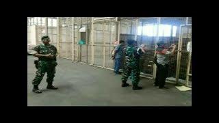 TNI AMANKAN SENJATA IMPOR MILIK POLRI