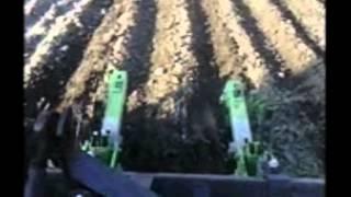 ежики для прополки картофеля(прополка картофеля ежиками закрывает влагу , уничтожает сорняки и формирует гребни., 2014-05-11T08:10:35.000Z)