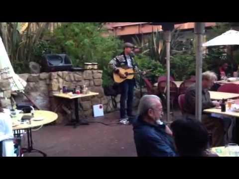 Live music carmel plaza