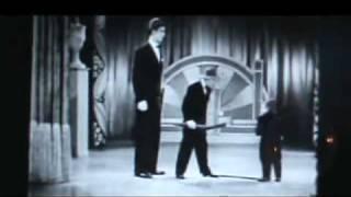 the knife got 2 let U / vaudeville act cohen bros
