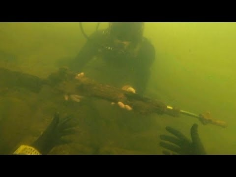Found Assault Rifle Underwater in River While Scuba Diving! (Police Called)
