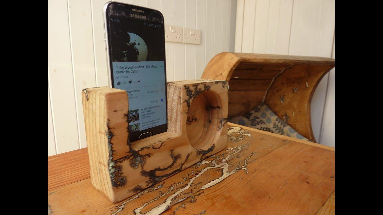 Diy Phone Holder Speaker From Free Wood Pallets Bonus