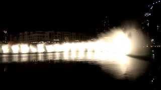Фонтан Дубай (Dubai Fountain) Hussain Al Jassmi -- Bassbor Ala Fourgakom
