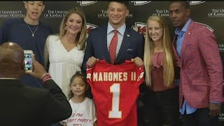 RAW: Chiefs introduce newly drafted QB Patrick Mahomes
