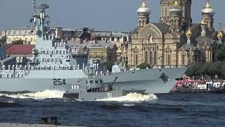 Питер. Проход катеров на военно морской парад 29.07.2018