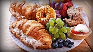 Итальянский завтрак | Бискотти, круассан со сладкой рикоттой, мини бутербродики