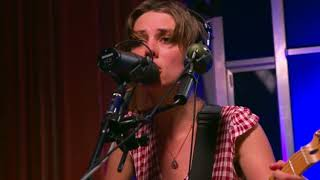 Wolf Alice - Space and Time (Live 2017)