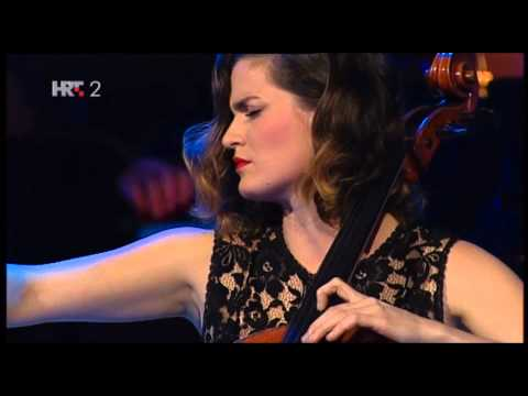 CHANT DU MENESTRAL - MONIKA LESKOVAR - VIP HNK CHRISTMAS CONCERT 2013